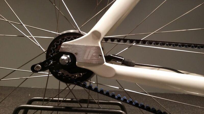 Schindelhauer Lotte - 8-vaihteinen naisten pyörä - kerma väri