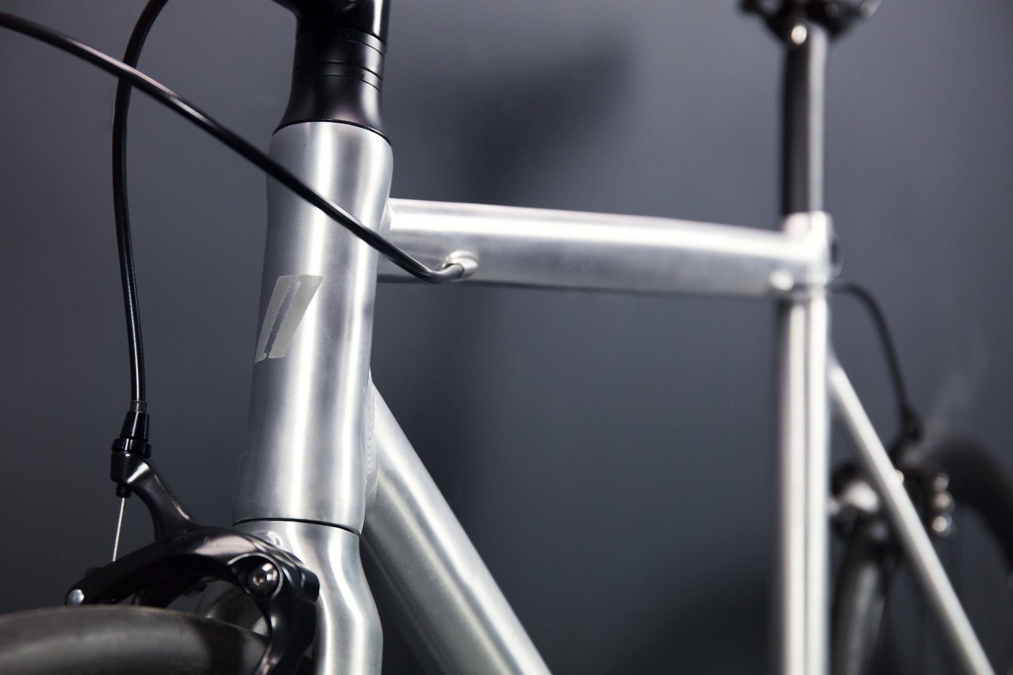 Schindelhauer Viktor yksivaihteinen miesten pyörä - PureAlu